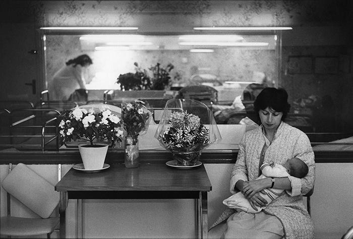 10_maternité hôpital sèvres,1982.©v.winckler.1976n°5